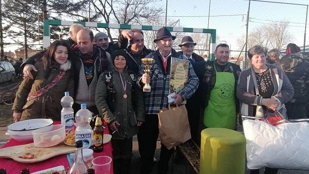 """Photo of ČVARAK FEST: Požarevljani sveobuhvatni pobednici u """"čvarkajadi"""" (FOTO)"""