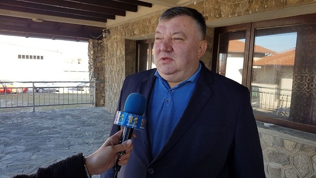 """Photo of PERIĆ JE BIO JASAN: """"Meni poslanički restoran, a vi vidite šta ćete"""" (FOTO)"""
