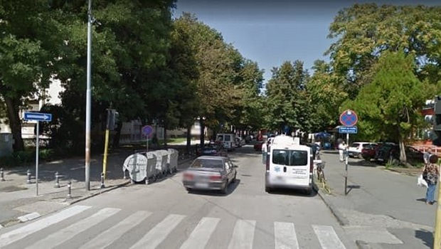 Photo of NEMA VIŠE PARKIRANJA: Ulica kod Hitne pomoći u Požarevcu postala je dvosmerna