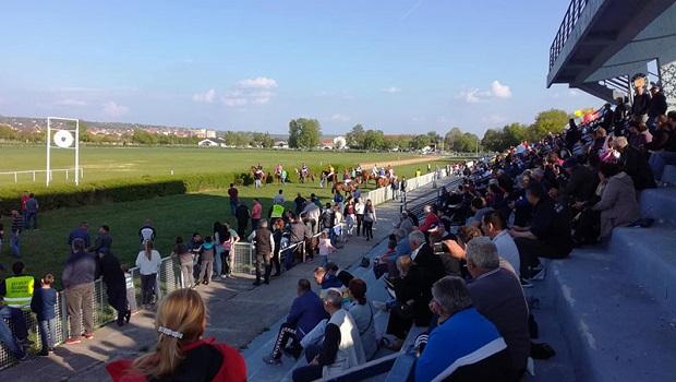 Photo of ZBOG EPIDEMIJE KORONE: Otkazane konjičke trke u Požarevcu