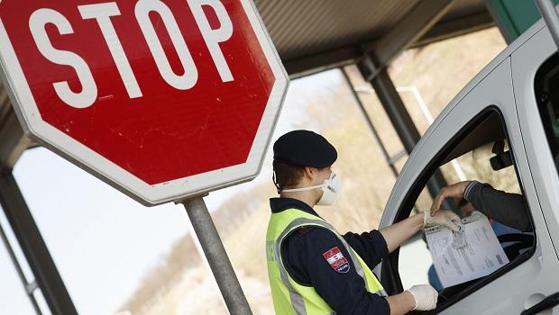Photo of STUPAJU NA SNAGU OD PONEDELJKA: Austrija izdala nova pravila za sve koji dolaze iz rizičnih zemalja