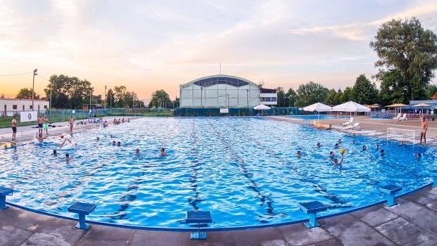 Photo of IAKO NE RADI ZBOG EPIDEMIJE: Obuka za neplivače na Gradskom bazenu u Požarevcu