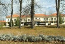 """Photo of POTPISAN SPORAZUM: Poljoprivredna škola i kompanija """"Bambi"""" uključuju se u dualno obrazovanje"""