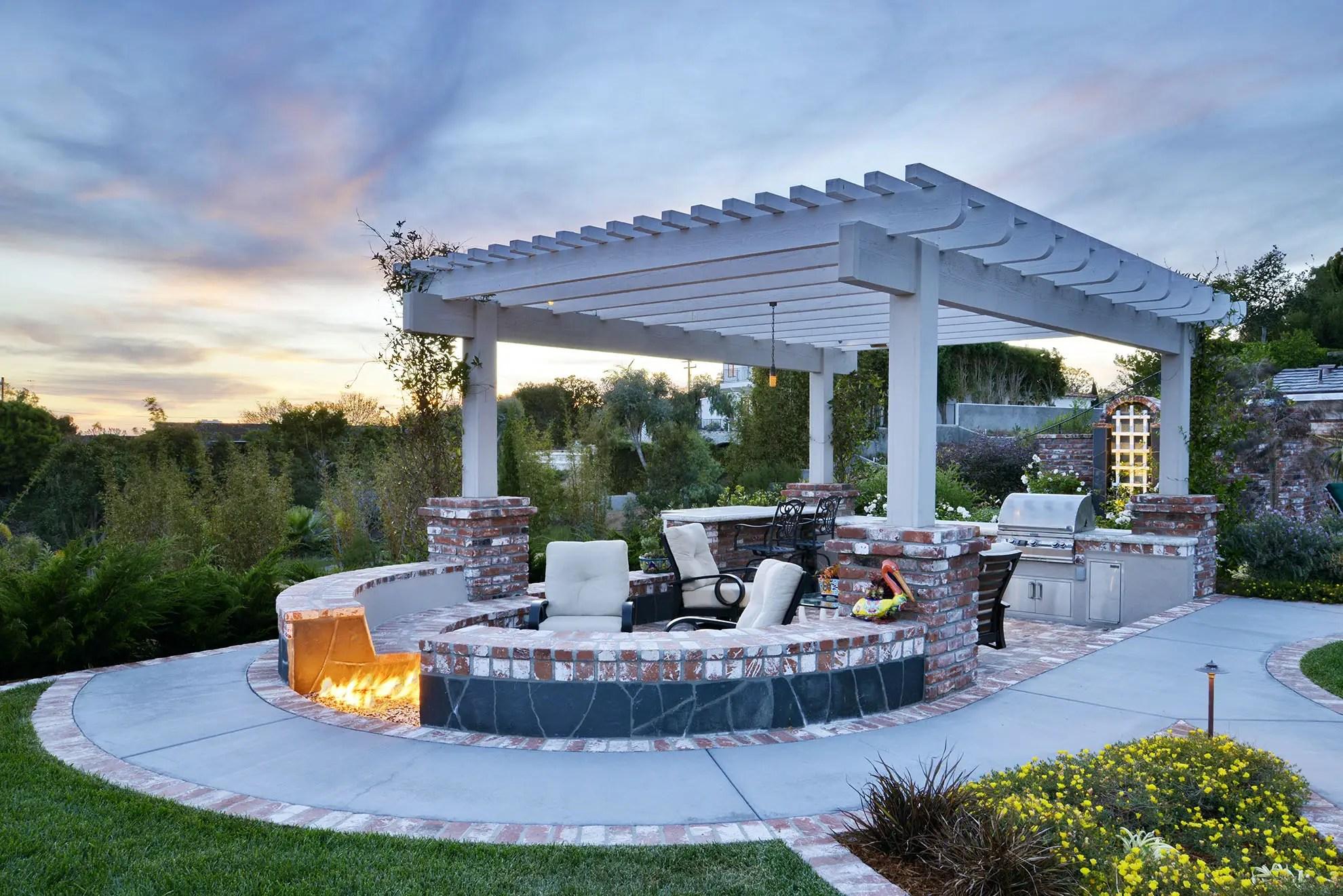 outdoor patio covers design