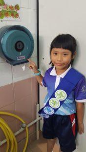 健康軍團教導同學善用洗手間設施