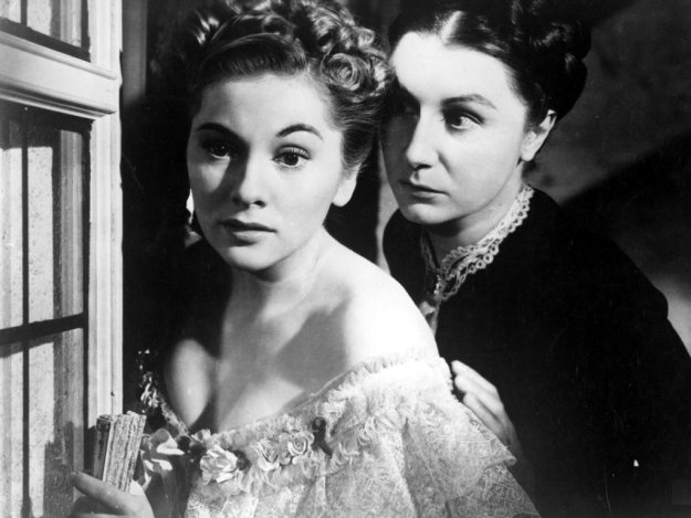 Joan Fontaine, Judith Anderson:  'You've nothing to stay for. You've nothing to live for really, have you?'