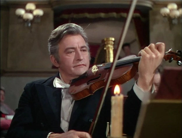 Rains took violin lessons to prepare for his role.