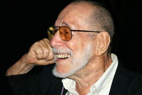 El dramaturgo cubano Abelardo Estorino murió hoy en La Habana
