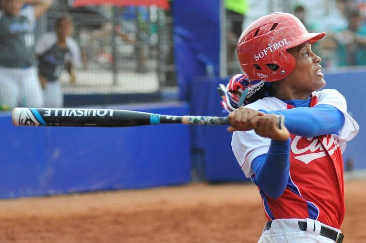 Partido Cuba-Puerto Rico por incluirse en la final. Foto: José Raúl Rodriguez Robleda