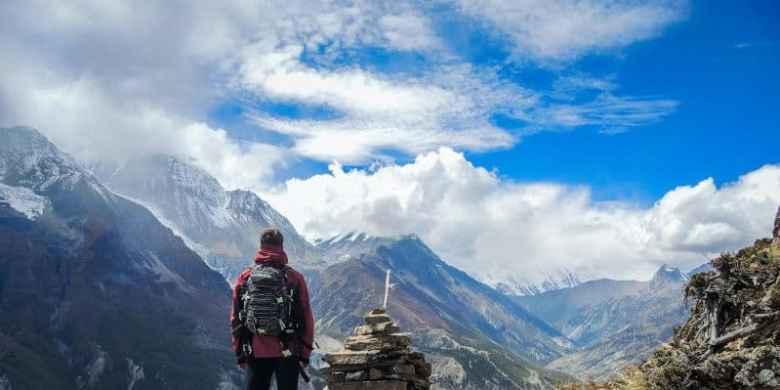 0dee374c8eeef0c5e4bd02febd09b894.trekking-vs-hiking-and-trekking-gear-guide