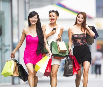 loreal_de-jeunes-asiatiques-font-du-shopping_294