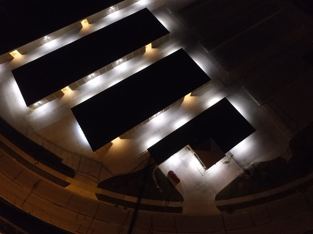 choose exterior self storage lighting