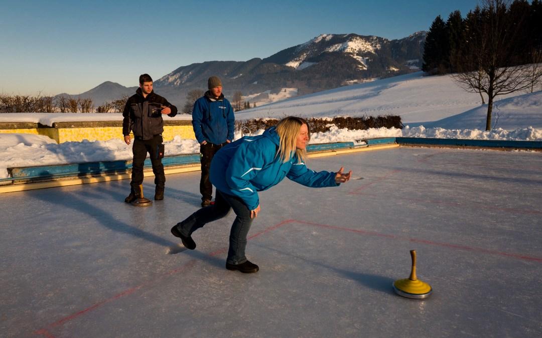 Meisterschaft auf dem Eis der Roßholzener Vereine