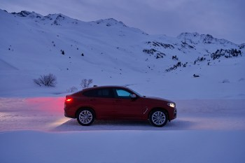 New BMW X4 en-route to its world premiere