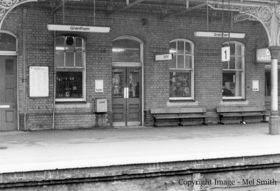 The door on the left was for use by Inspectors, the double doors in the centre are the entrance to the Refreshment Room (Buffet). Copyright Image - Mel Smith