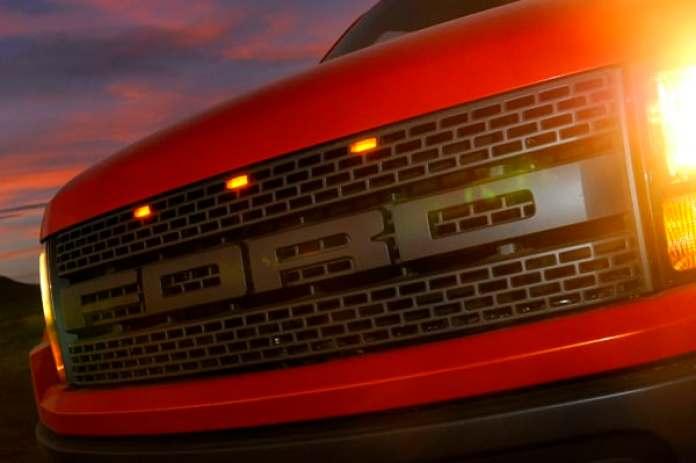 2010 Ford F-150 SVT Raptor Review