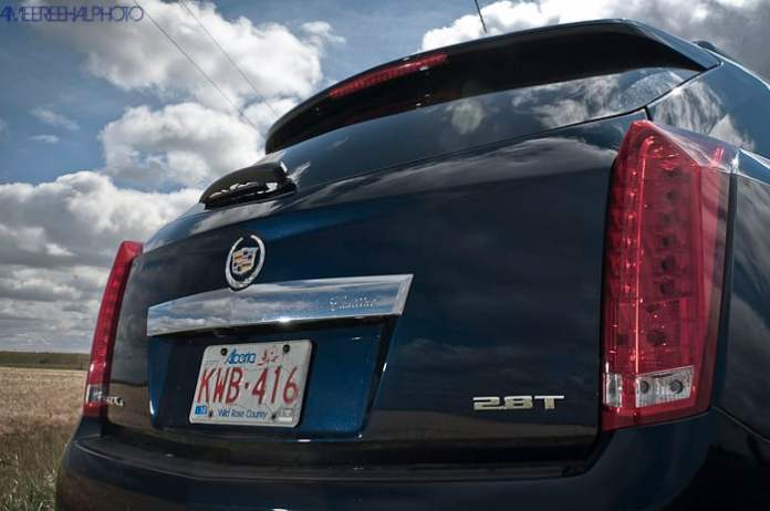 2010 Cadillac SRX Review