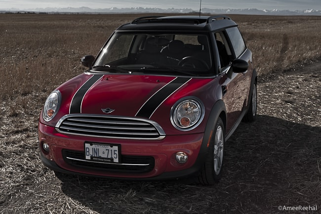 2011 MINI Cooper Clubman Review front view