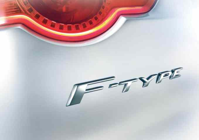 aguar F-Type to Debut in Paris