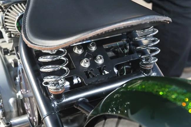 Motorbike-Triumph-Bobber