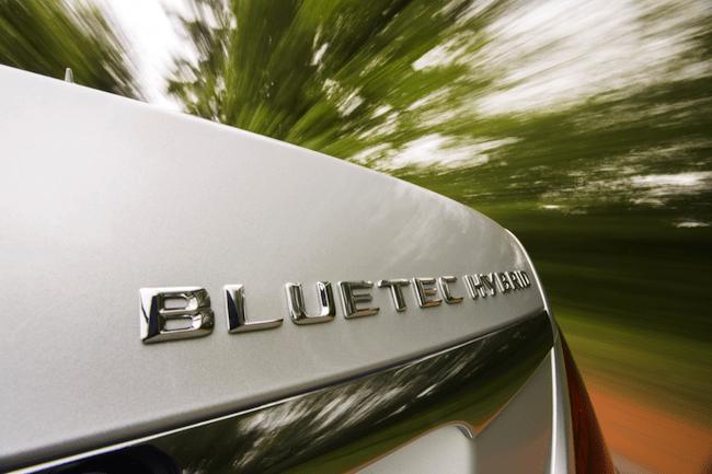 2014 Mercedes-Benz S-Class Review-badge