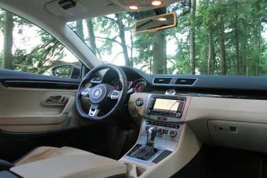 2013 Volkswagen CC Review interior