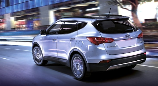 2013-Hyundai-Santa-Fe-XL-rear