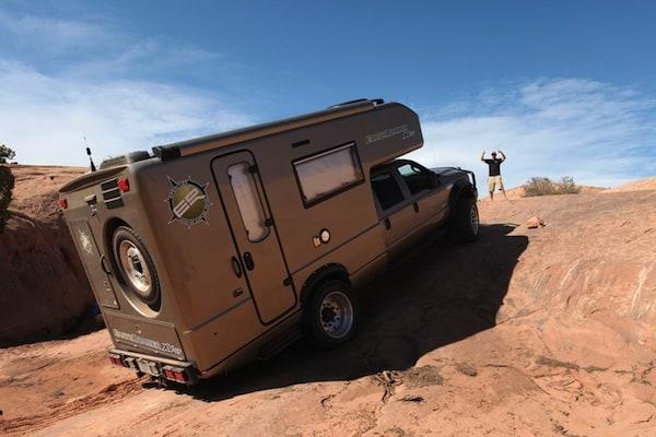 ford-earthroamer-xv-lt-rear
