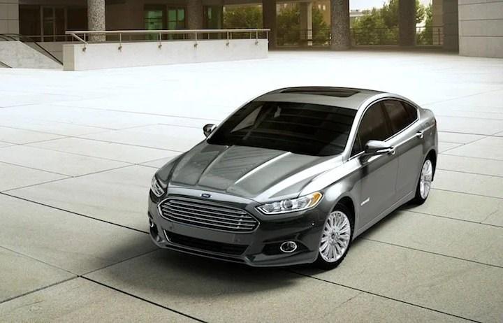 2015-ford-fusion-hybrid-se