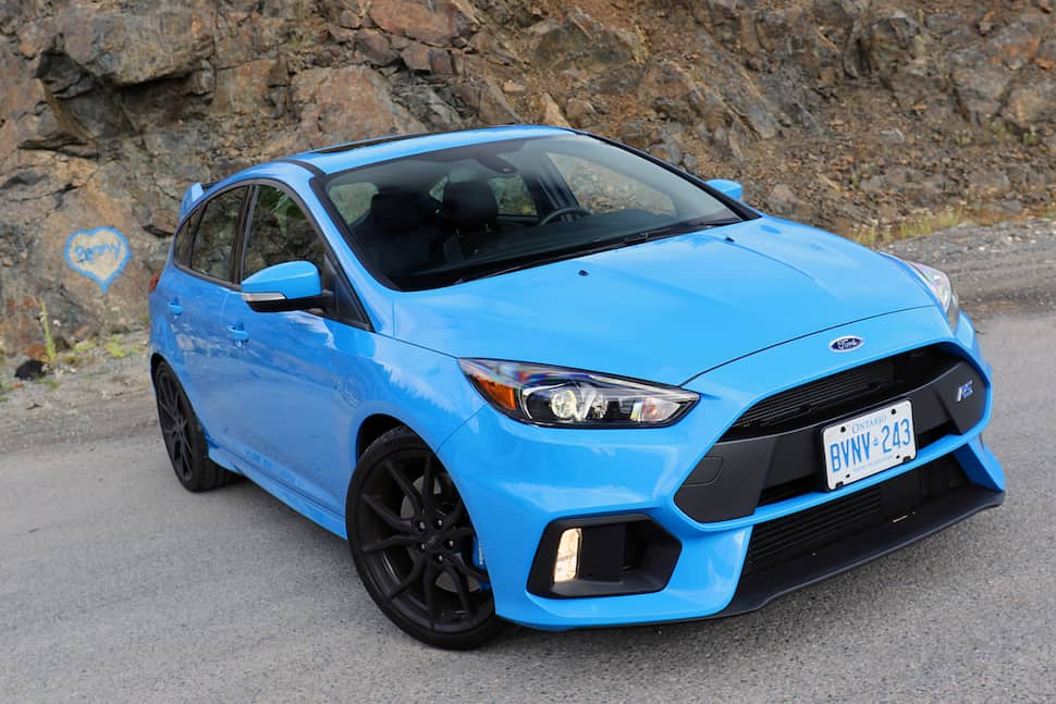 2017 ford focus rs review the 350 hp compact hatchback. Black Bedroom Furniture Sets. Home Design Ideas