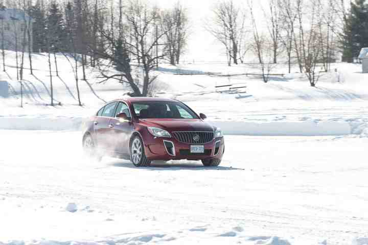 Winter Driving Safety: 5 Quick Tips To Be Prepared