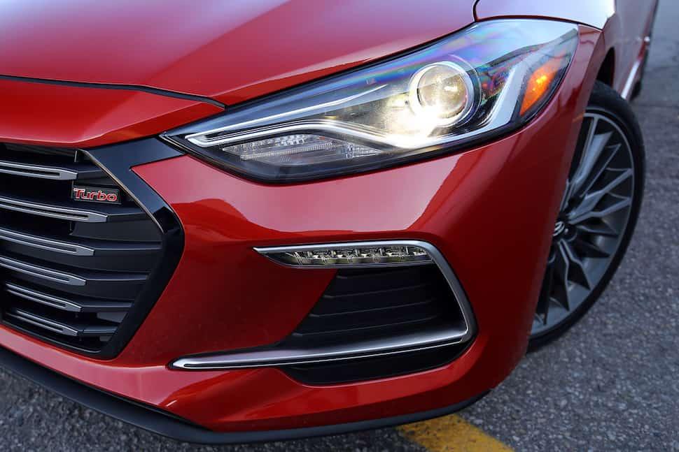2017 Hyundai Elantra Sport Review -9