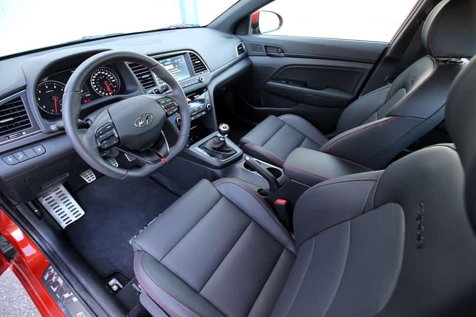 2017 Hyundai Elantra Sport Review -6