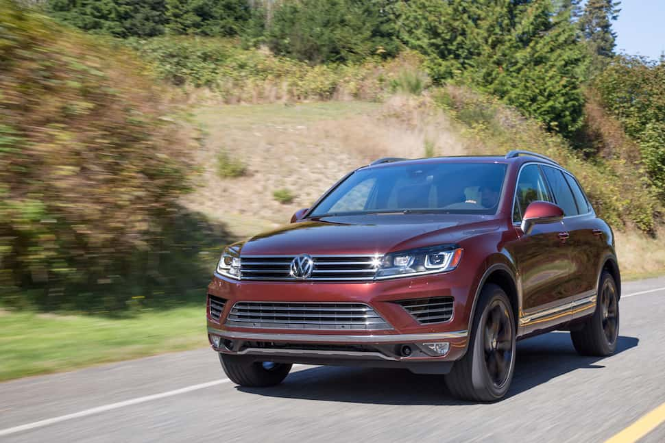 2017 Volkswagen Touareg Review front rolling