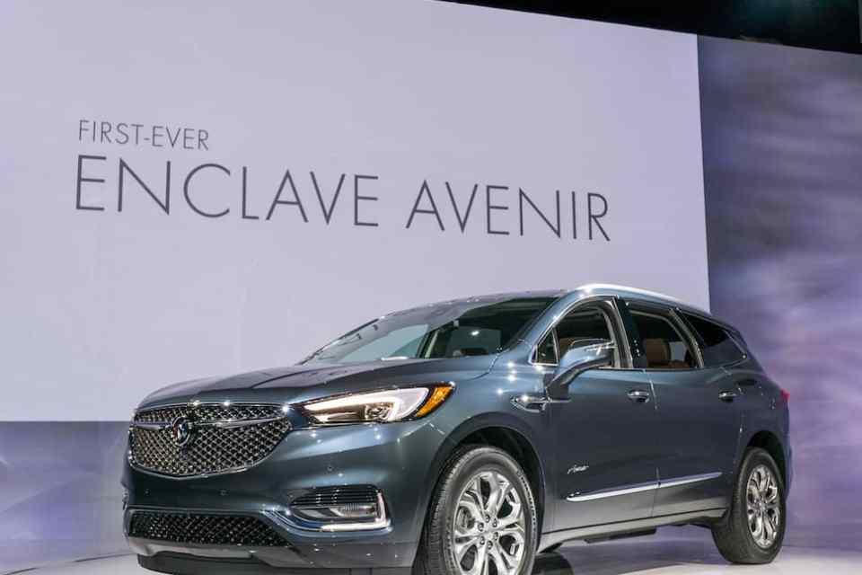 Buick Unveils 2018 Enclave Avenir