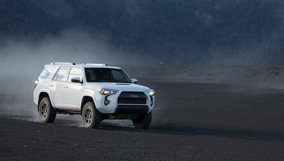 2017 toyota 4runner trd pro review front