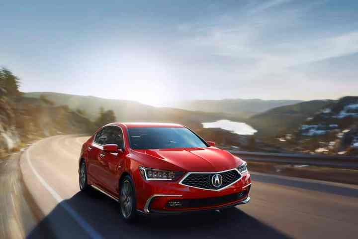 2018 Acura RLX Revealed with New Design and NSX-inspired 377-hp Engine