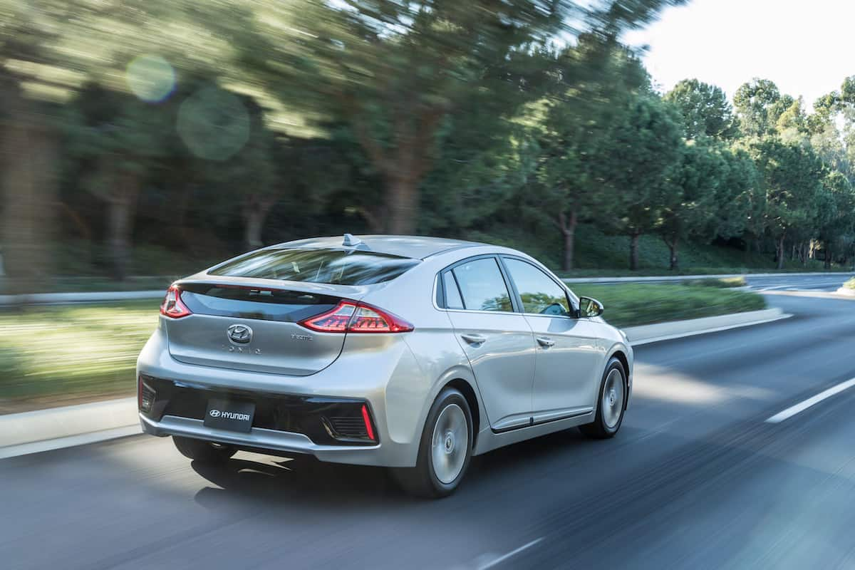 2017 Ioniq Electric Review Hyundai S All New Ev Hatchback