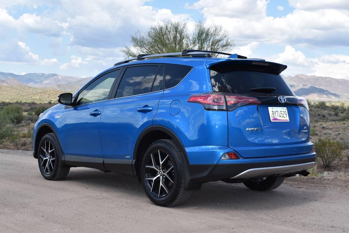2017 Toyota Rav4 Hybrid Review 1
