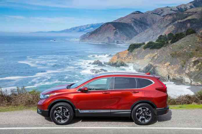 2017 Honda CR-V touring review sideview