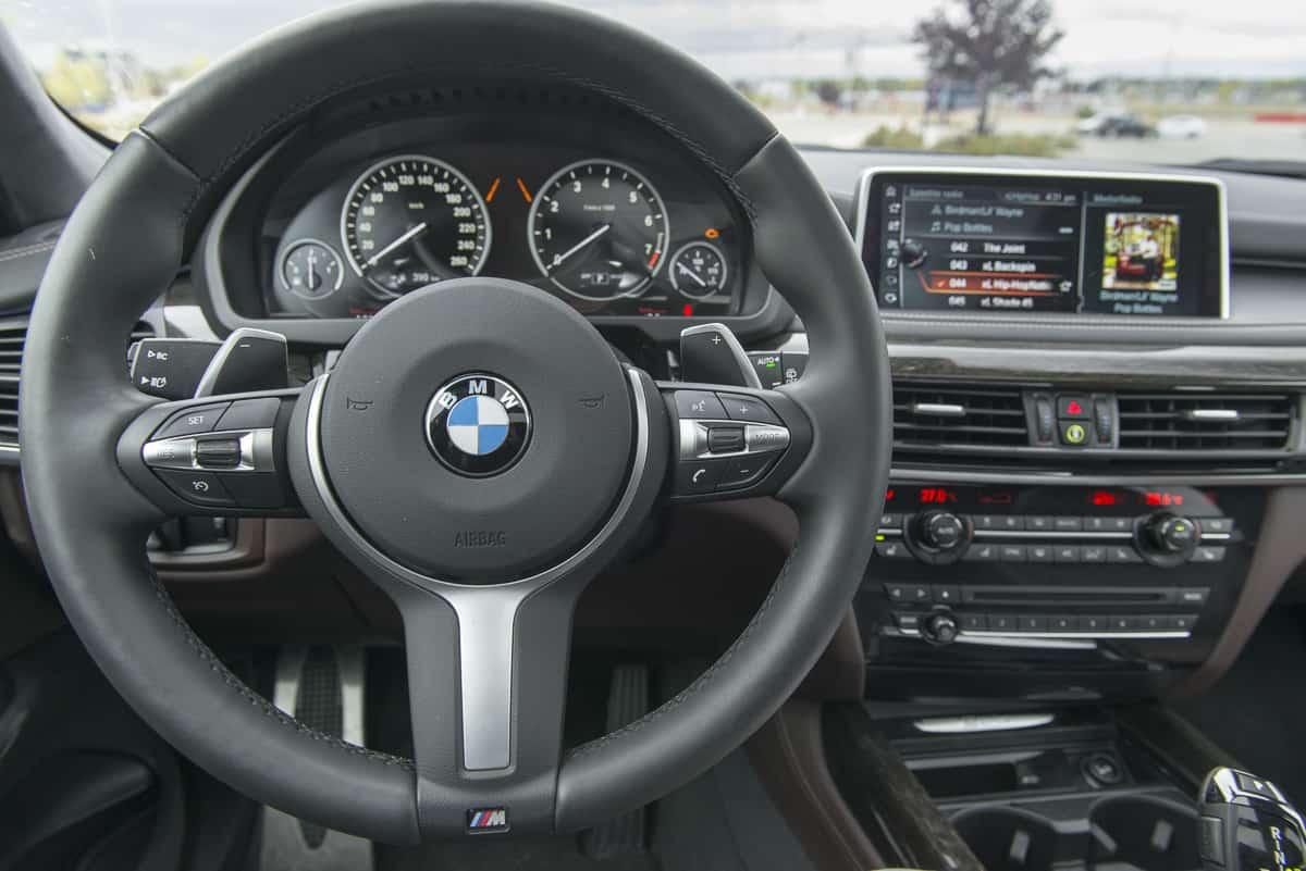2017 BMW X5 xDrive40e iPerformance review interior