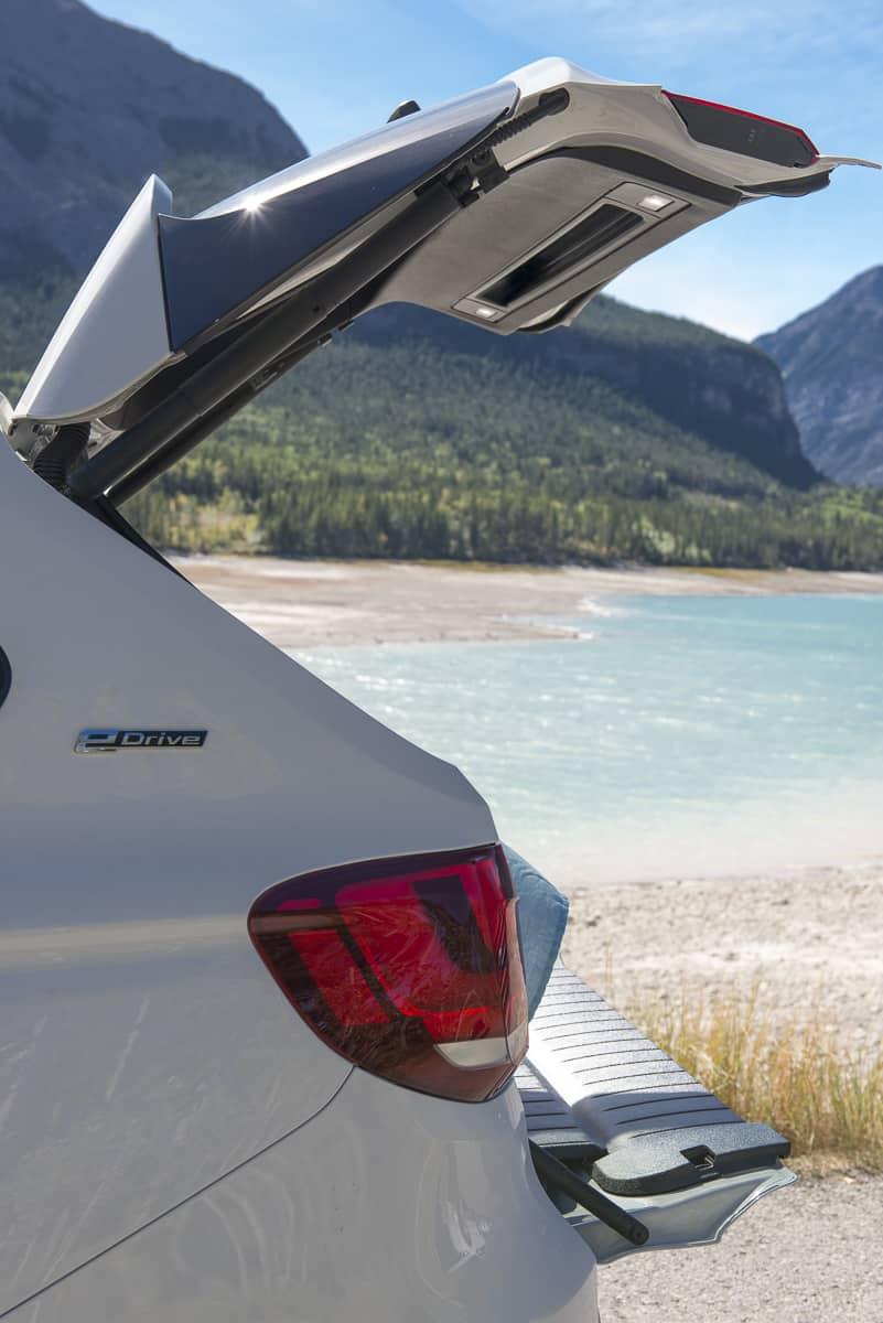 2017 BMW X5 xDrive40e iPerformance review rear door