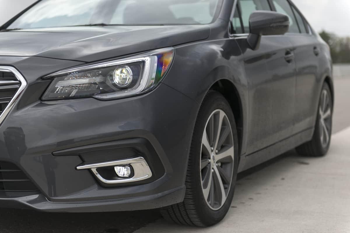 2018 Subaru Legacy Review headlight