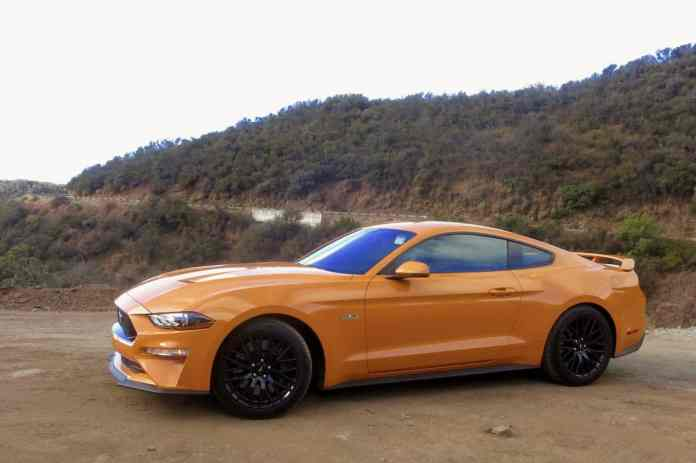 2018 ford mustang gt review profile