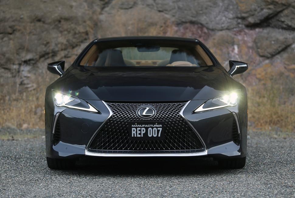 2018 Lexus LC 500 coupe4