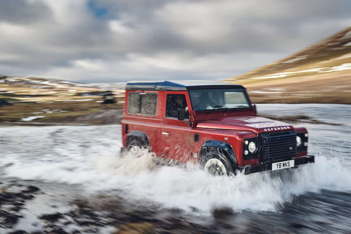 new defender 2018 land rover 70th anniversary edition adventure