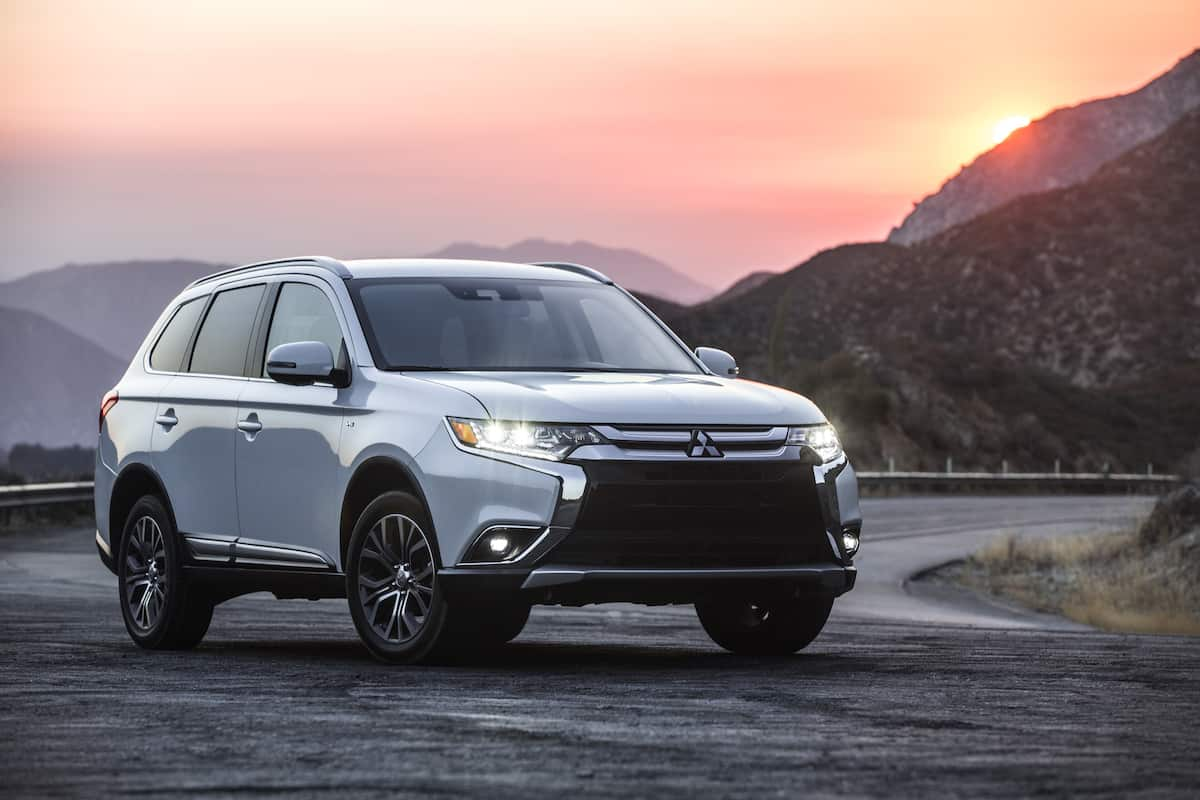 Behind the wheel of the new Outlander plugin hybrid