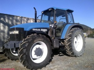 TractorData FordNew Holland 8260 tractor photos