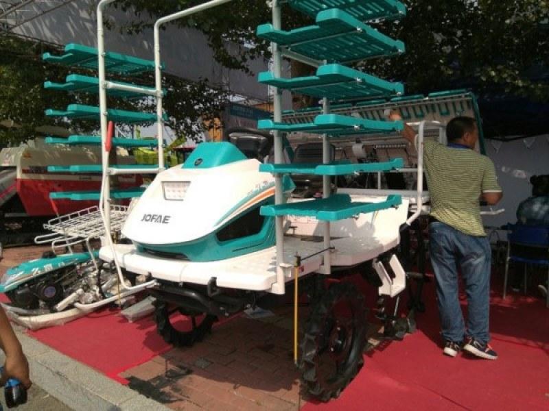 concurso sobre máquinas agrícolas chinas