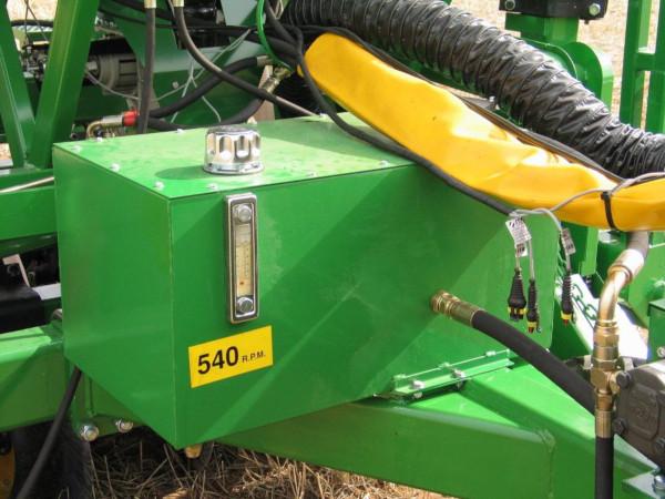Depósito con termómetro. Fuente: Libro Elementos hidráulicos en los tractores y máquinas agrícolas